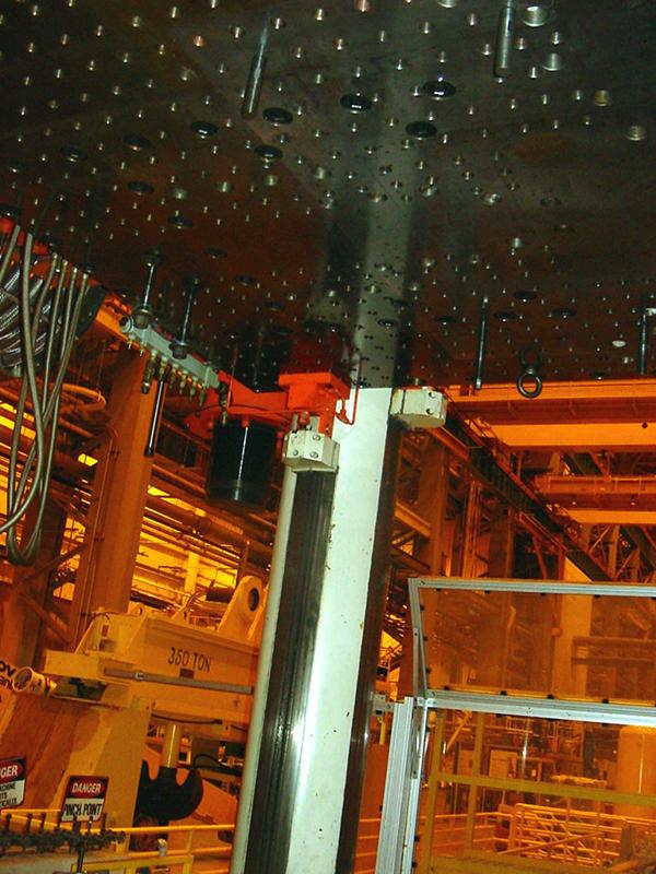 5500 Ton Dieffenbacher Press Mauldin Machine