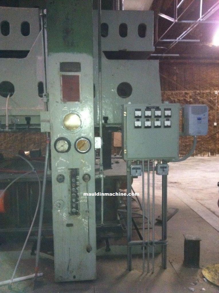 Cnc Machine For Sale >> 800 Ton Lake Erie Hydraulic Press | Mauldin Machine